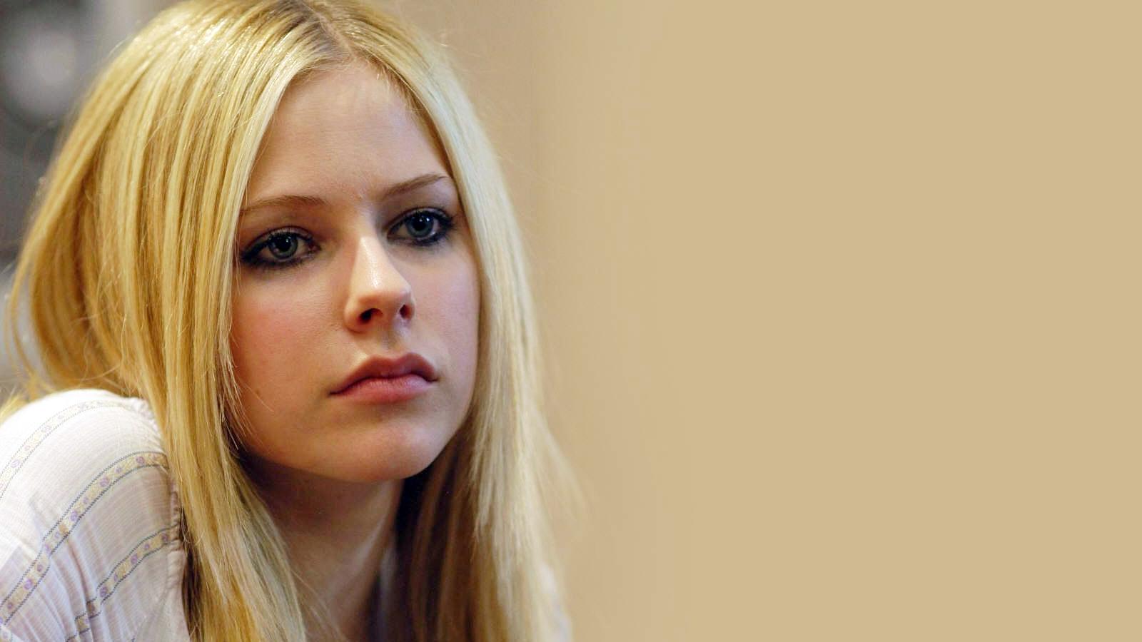 Best Avril Lavigne Wallpaper Laptop