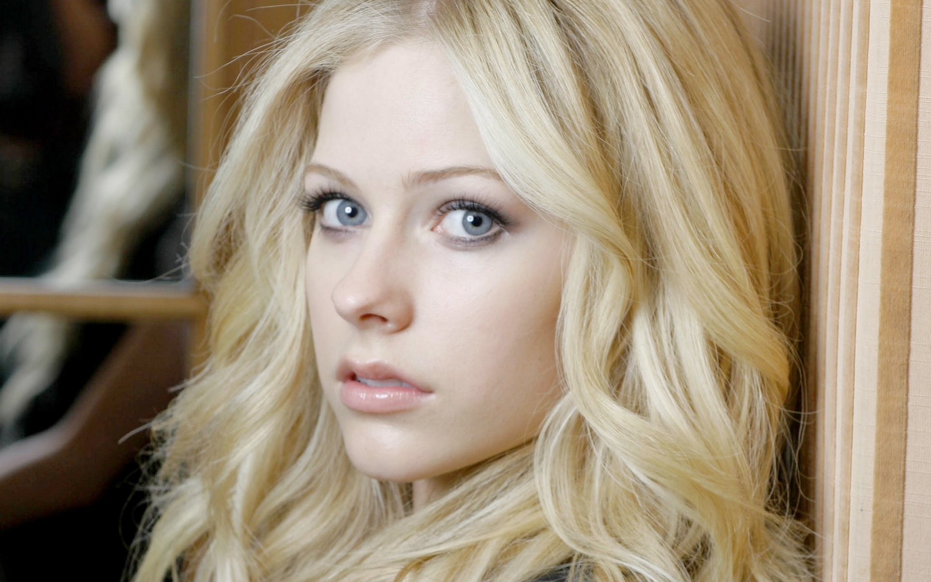 Avril%2dlavigne%2dno%2deyeliner · Avril_lavigne__sony_music_artist_