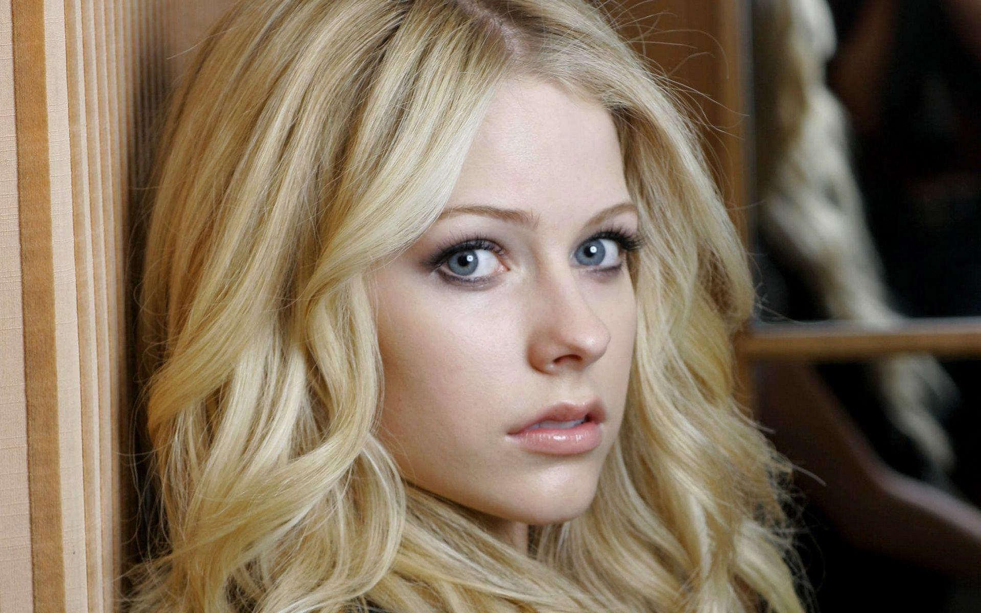 Avril Lavigne HD Wallpaper 1920x1080 ...