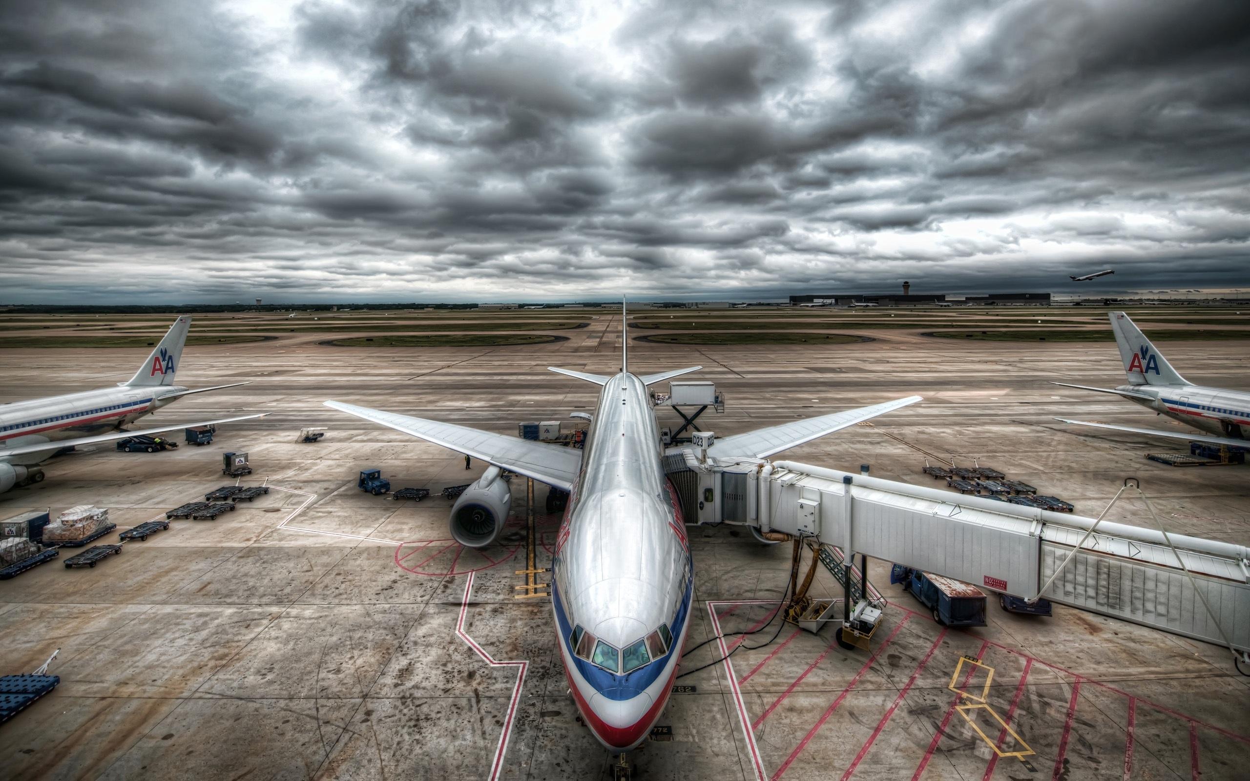 Cool Airport Wallpaper