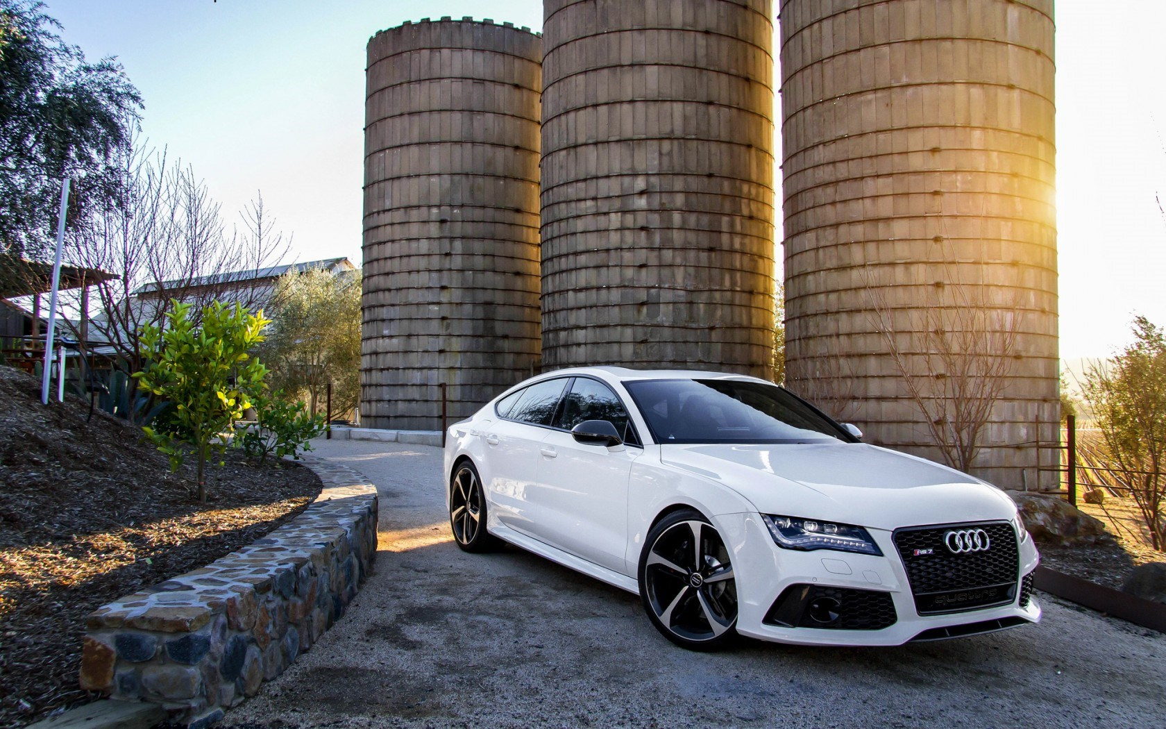 Awesome Audi RS7 Wallpaper