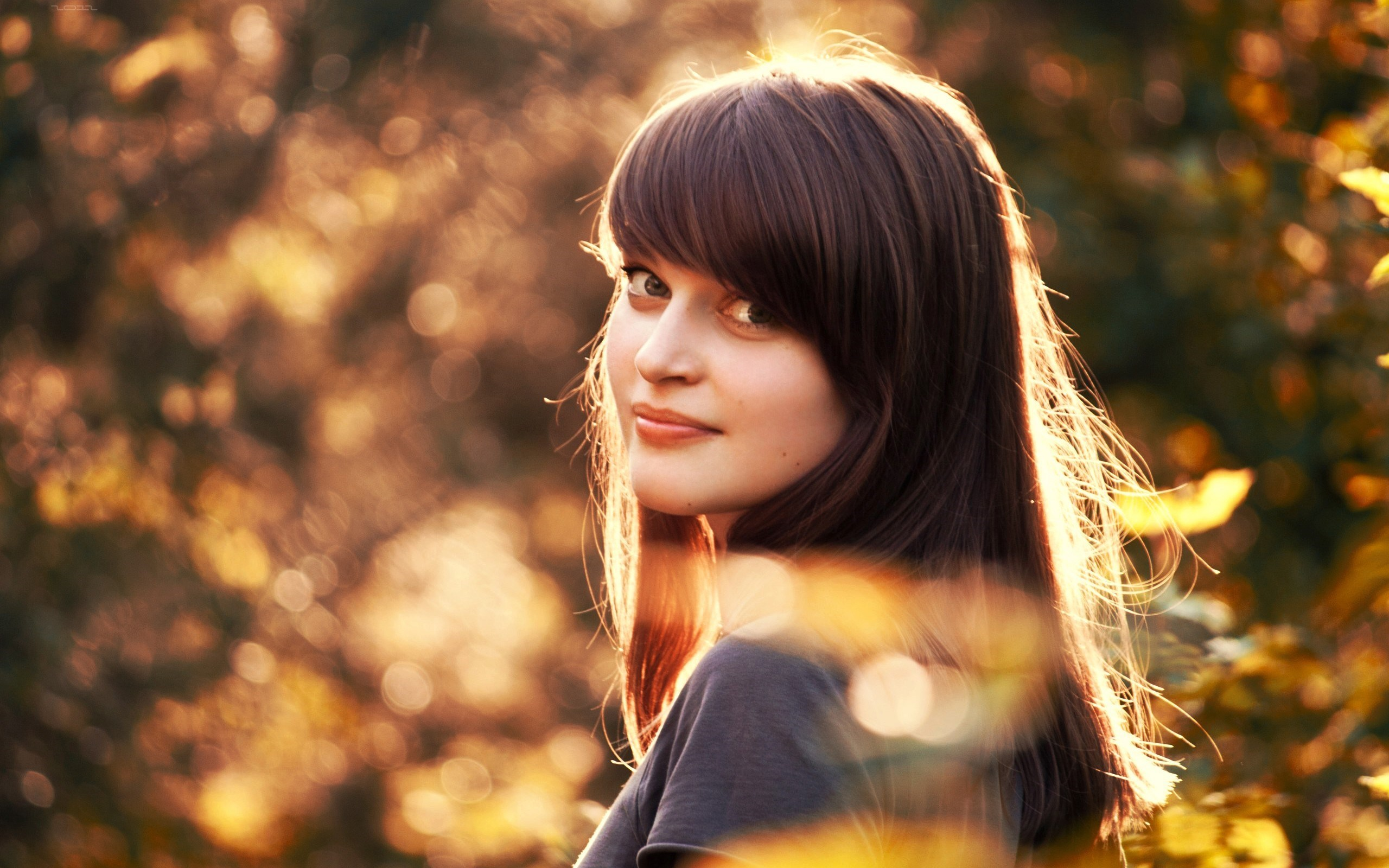 Awesome Girl Bokeh Wallpaper
