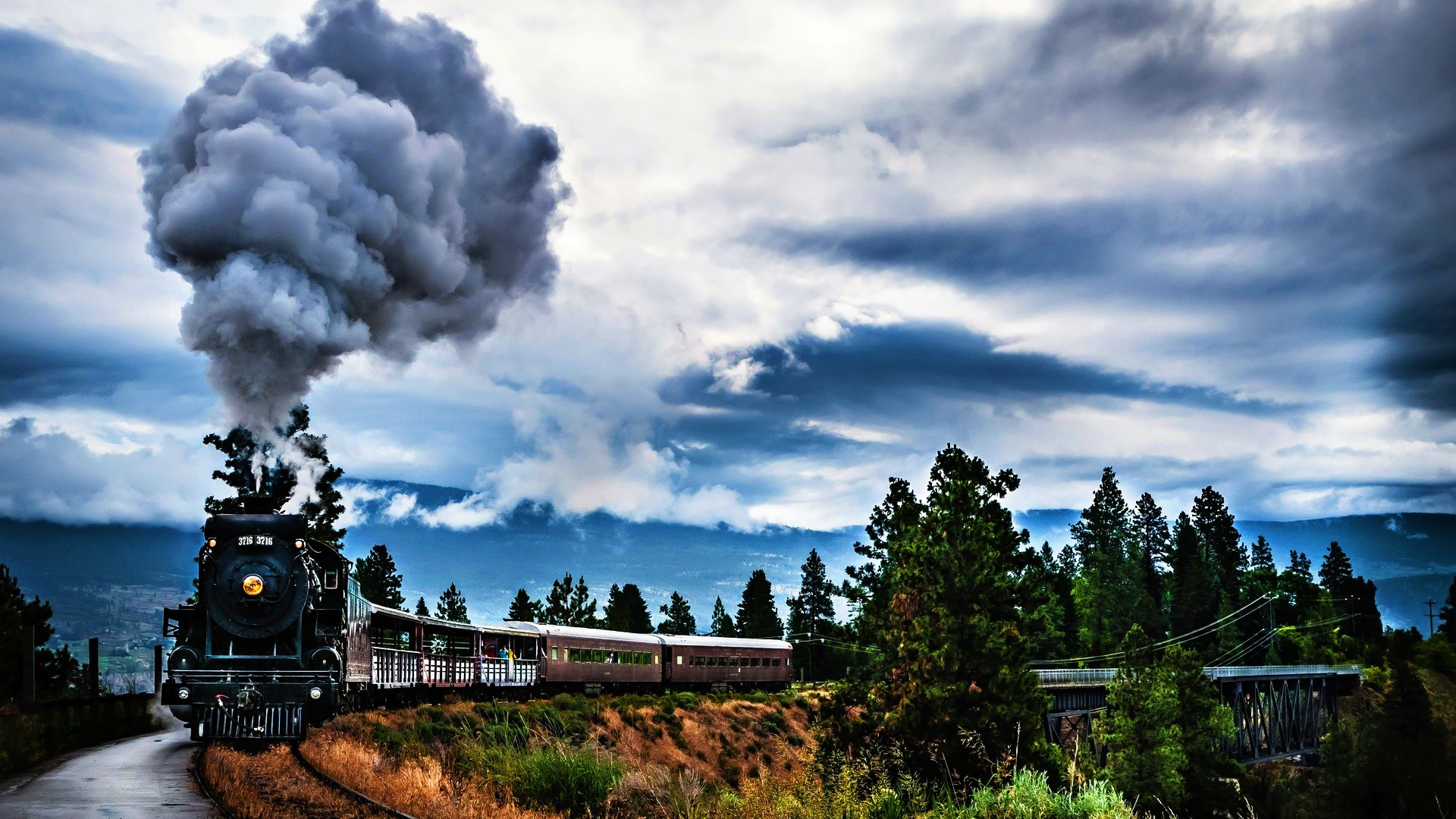 Awesome Locomotive Wallpaper