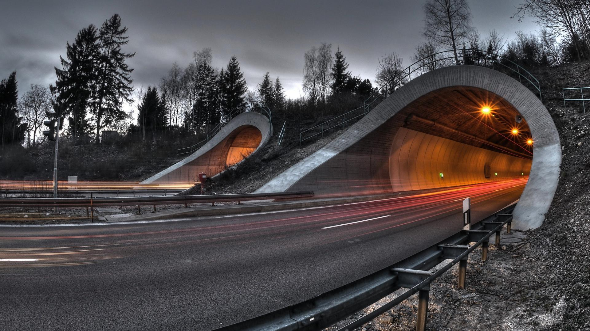 Road Tunnel Wallpaper