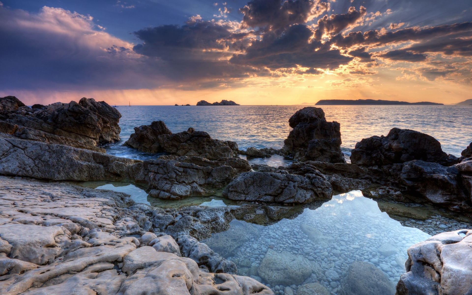 Awesome Rocky Shore Wallpaper