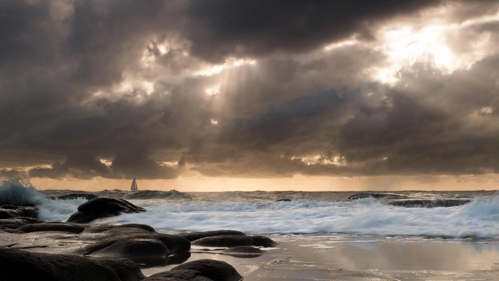 Awesome Seascape Wallpaper ...