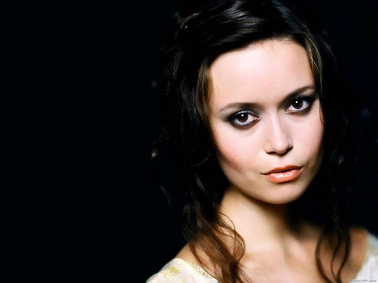 ... Free Download Celebrities Wallpapers Awesome Summer Glau .