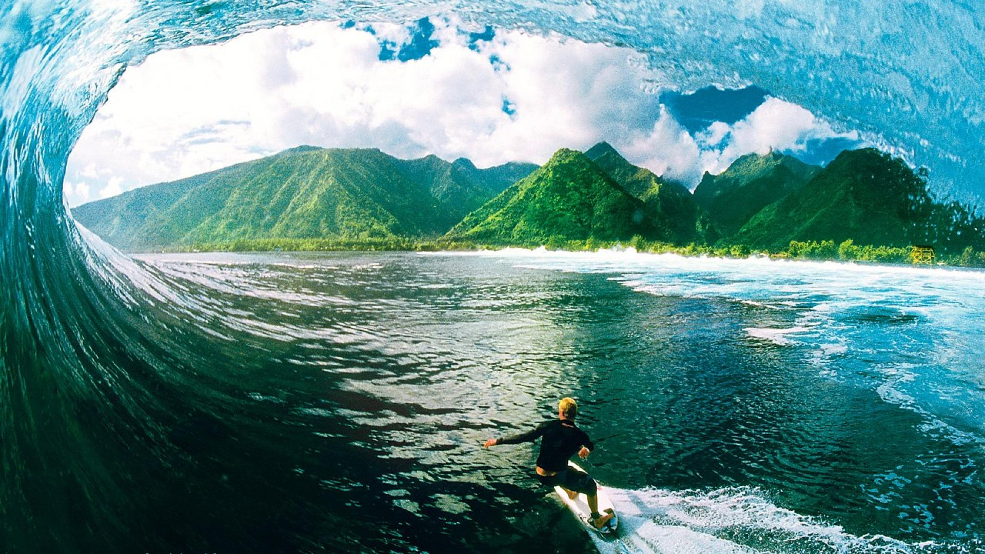 Awesome Surfing Wallpaper