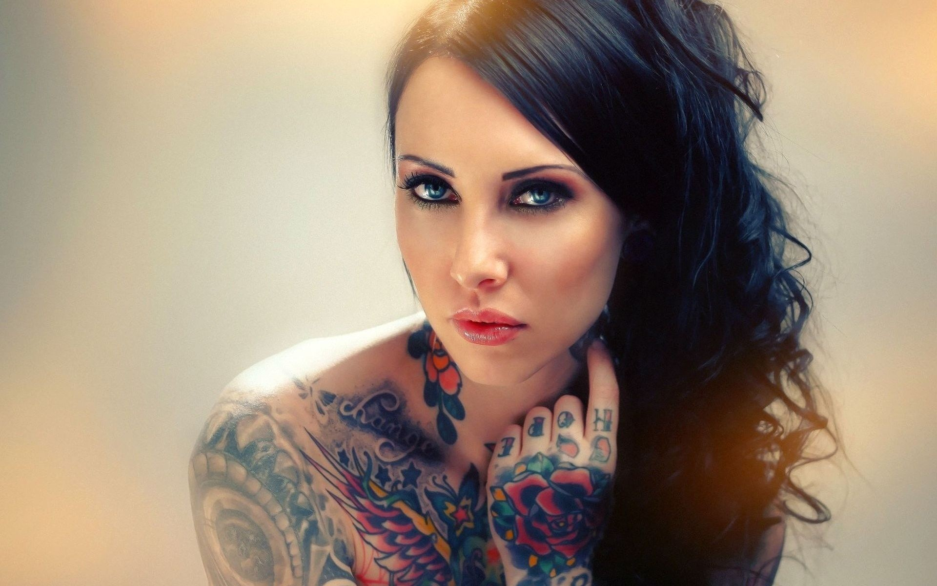 Awesome Tattoo Model Wallpaper