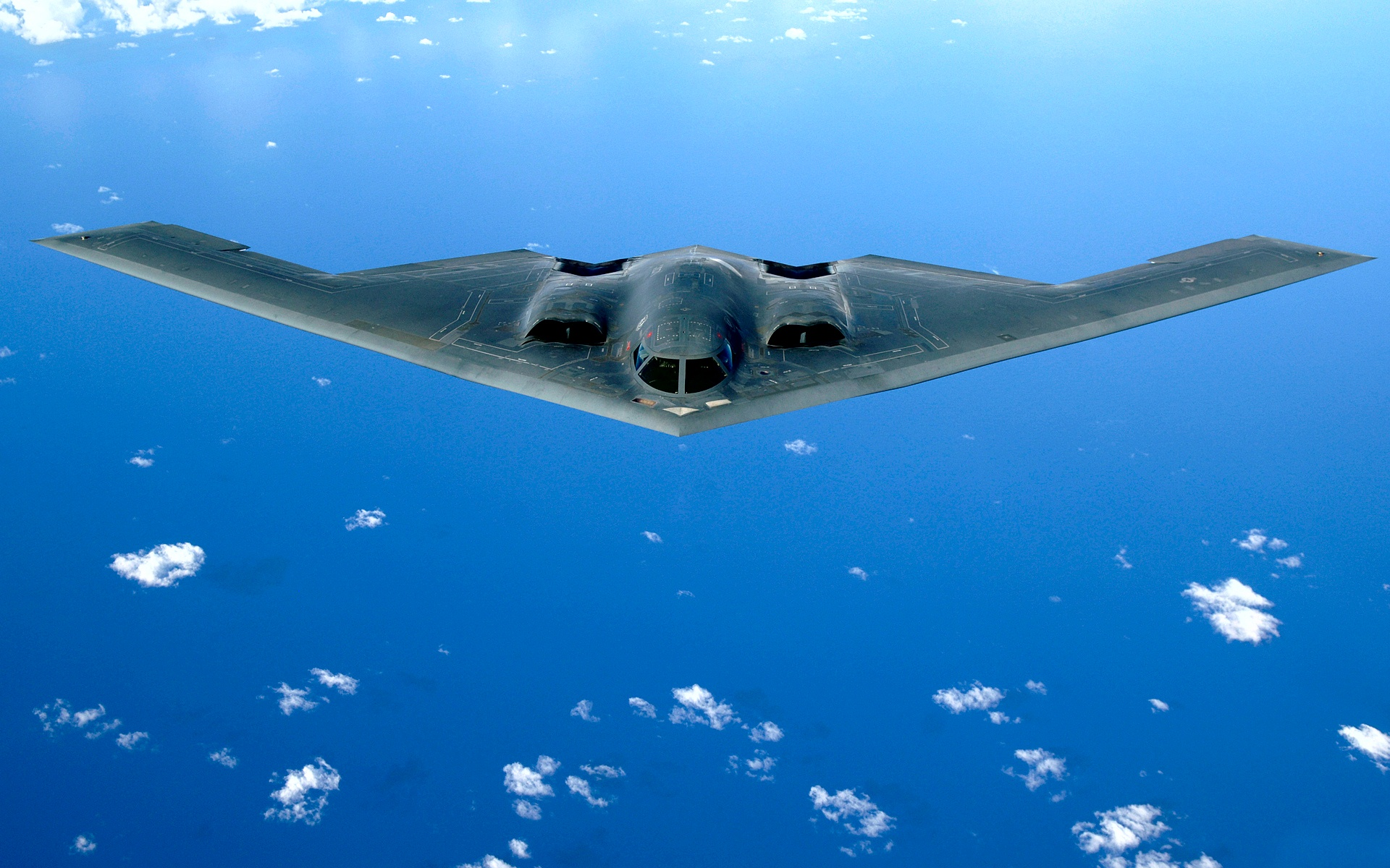B 2 Spirit Stealth Bomber