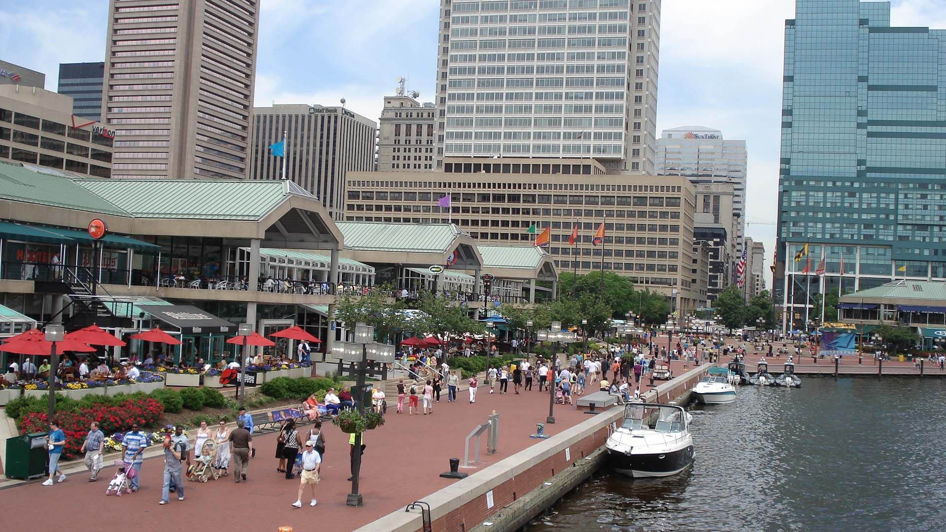 Baltimore, contact inner harbour ...