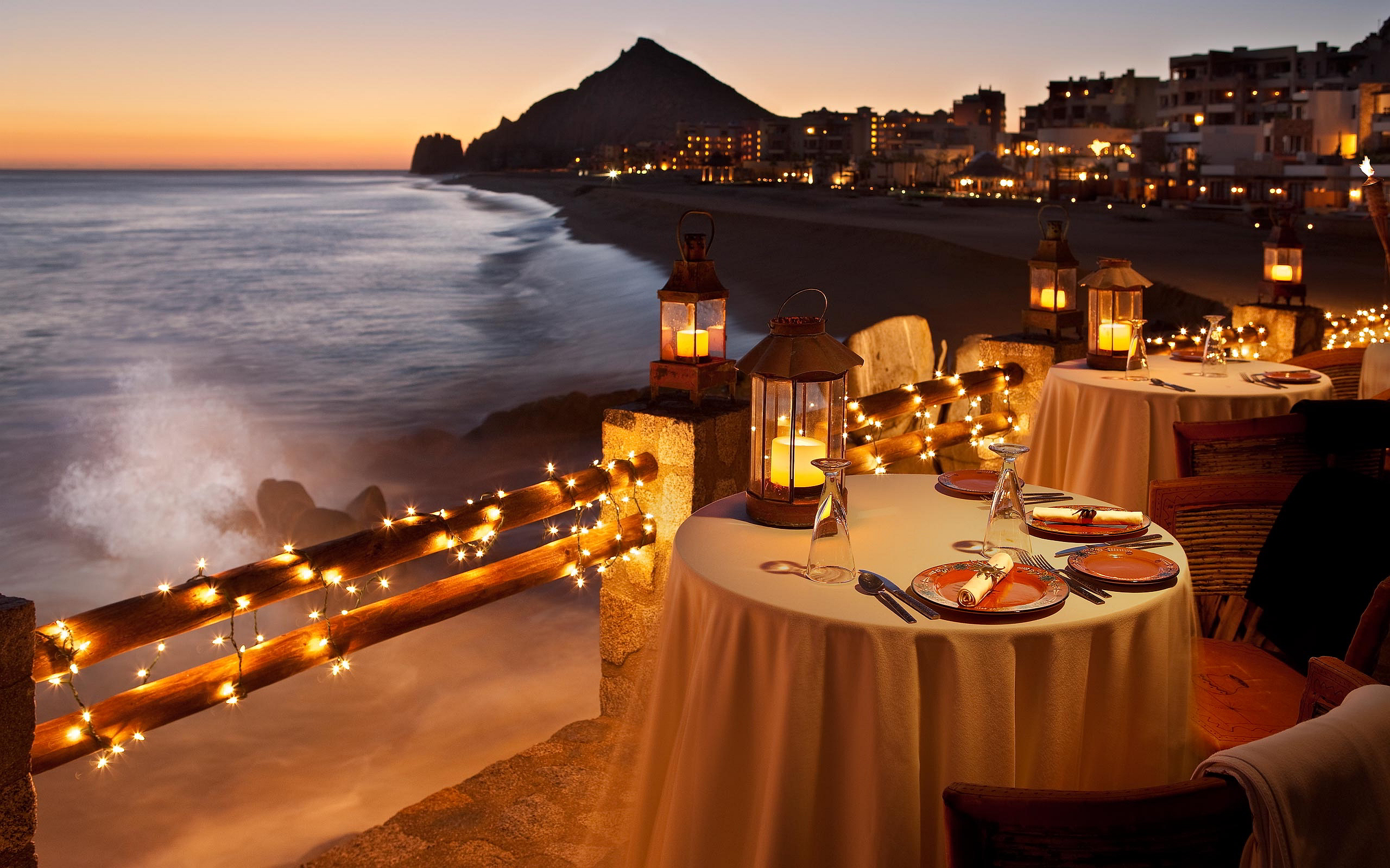 Beach Candlelight Dinner