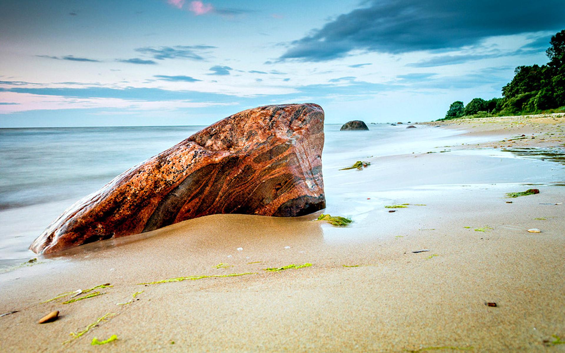 Beach Rocks Background