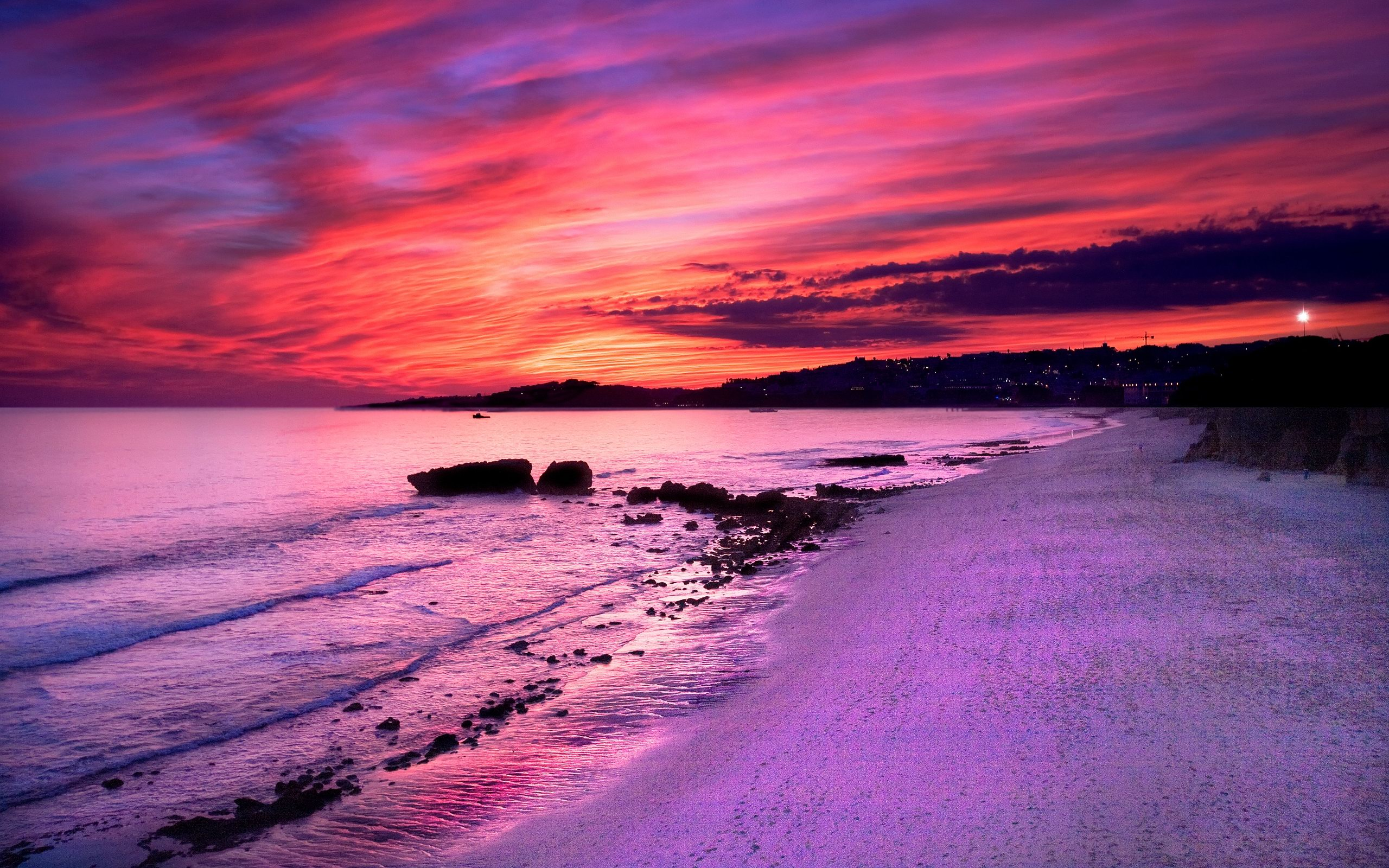 Beach sundown scenery