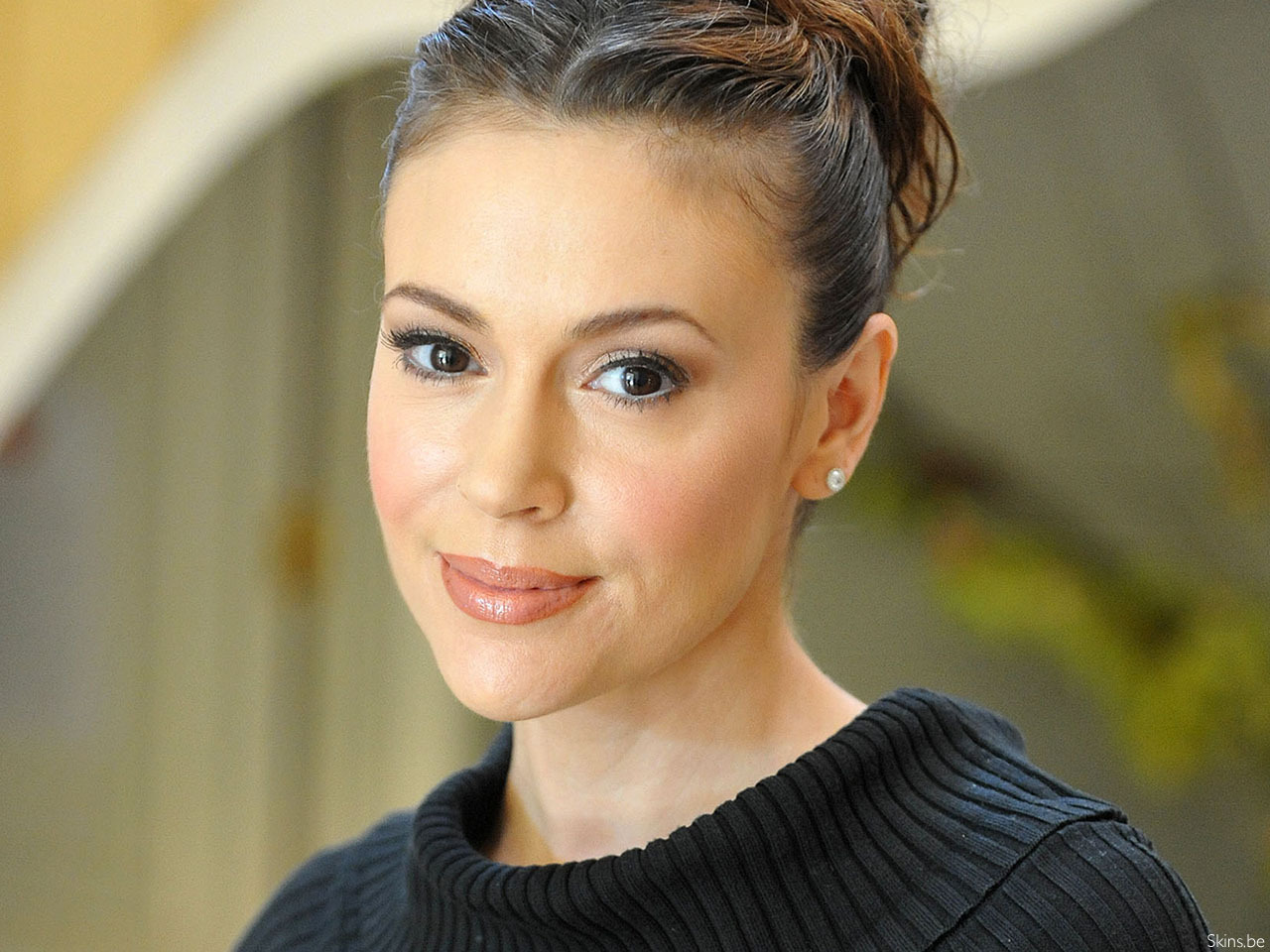 Beautiful Alyssa Milano HD 18 17933 HD Images Wallpapers