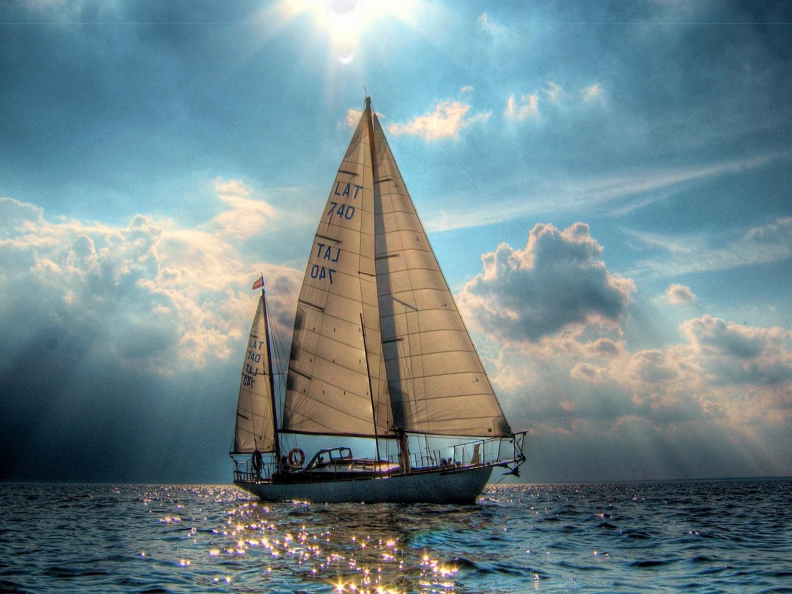 Beautiful Boat Wallpaper