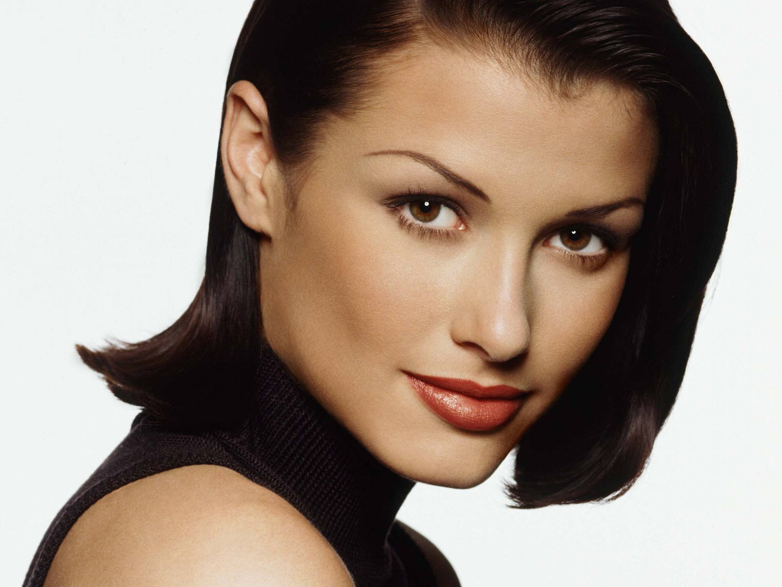 bridget moynahan striking brown eyes sexy actor beautiful brunette model