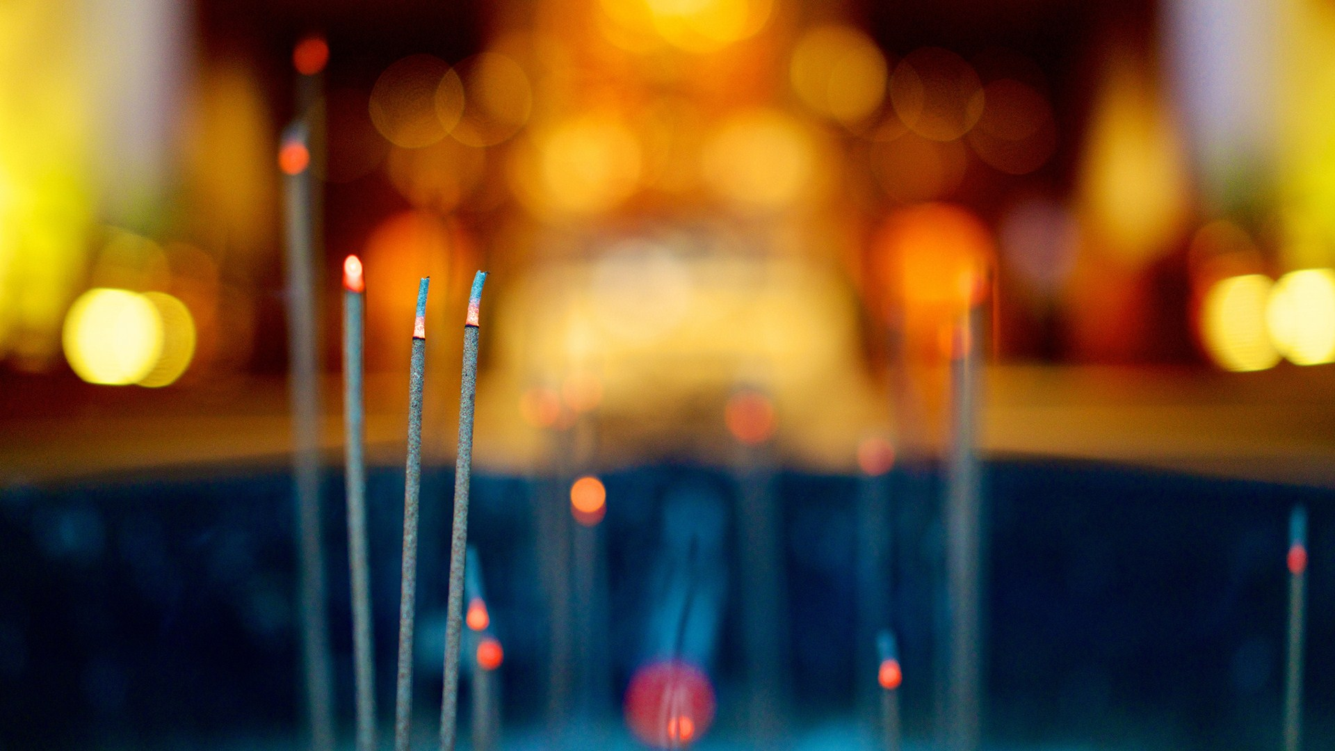 Beautiful Chinese Incense Wallpaper