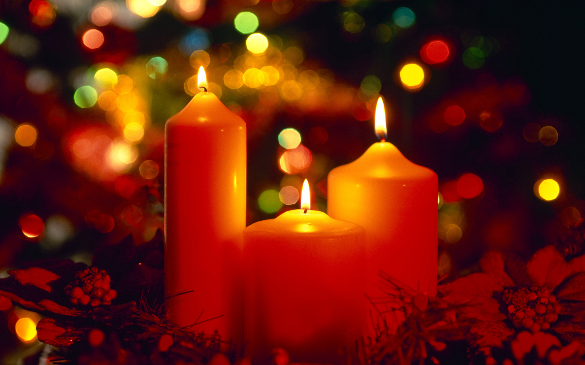 Beautiful Christmas Candles Wallpaper