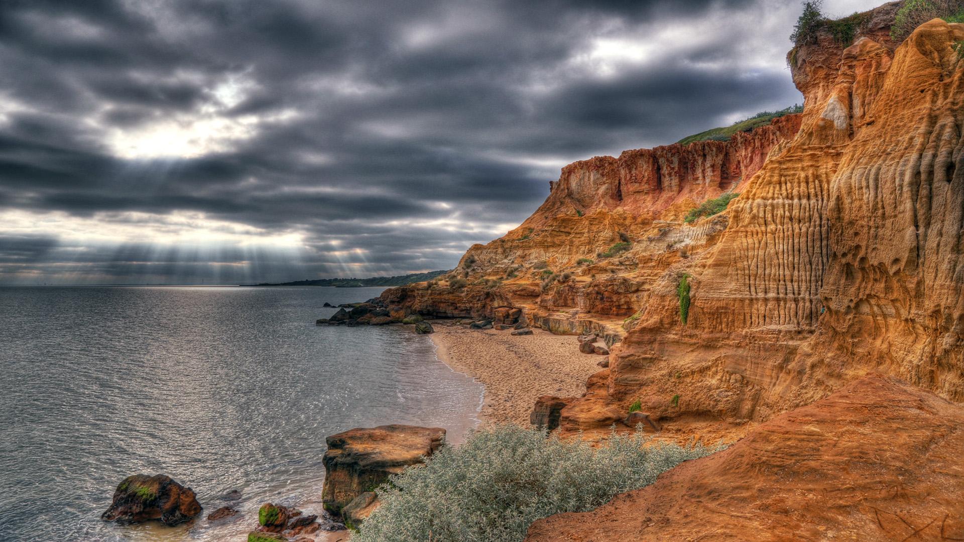 Beautiful Cliff On Seashore Hdr wallpaper