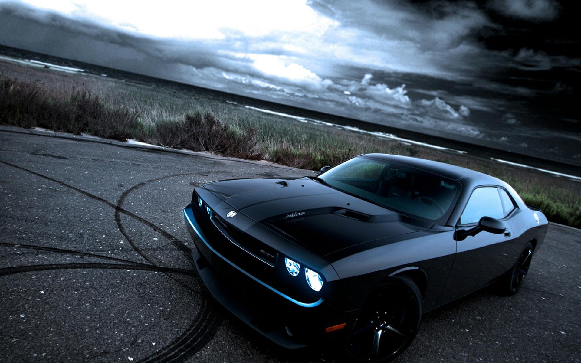Beautiful Dodge Challenger 23685