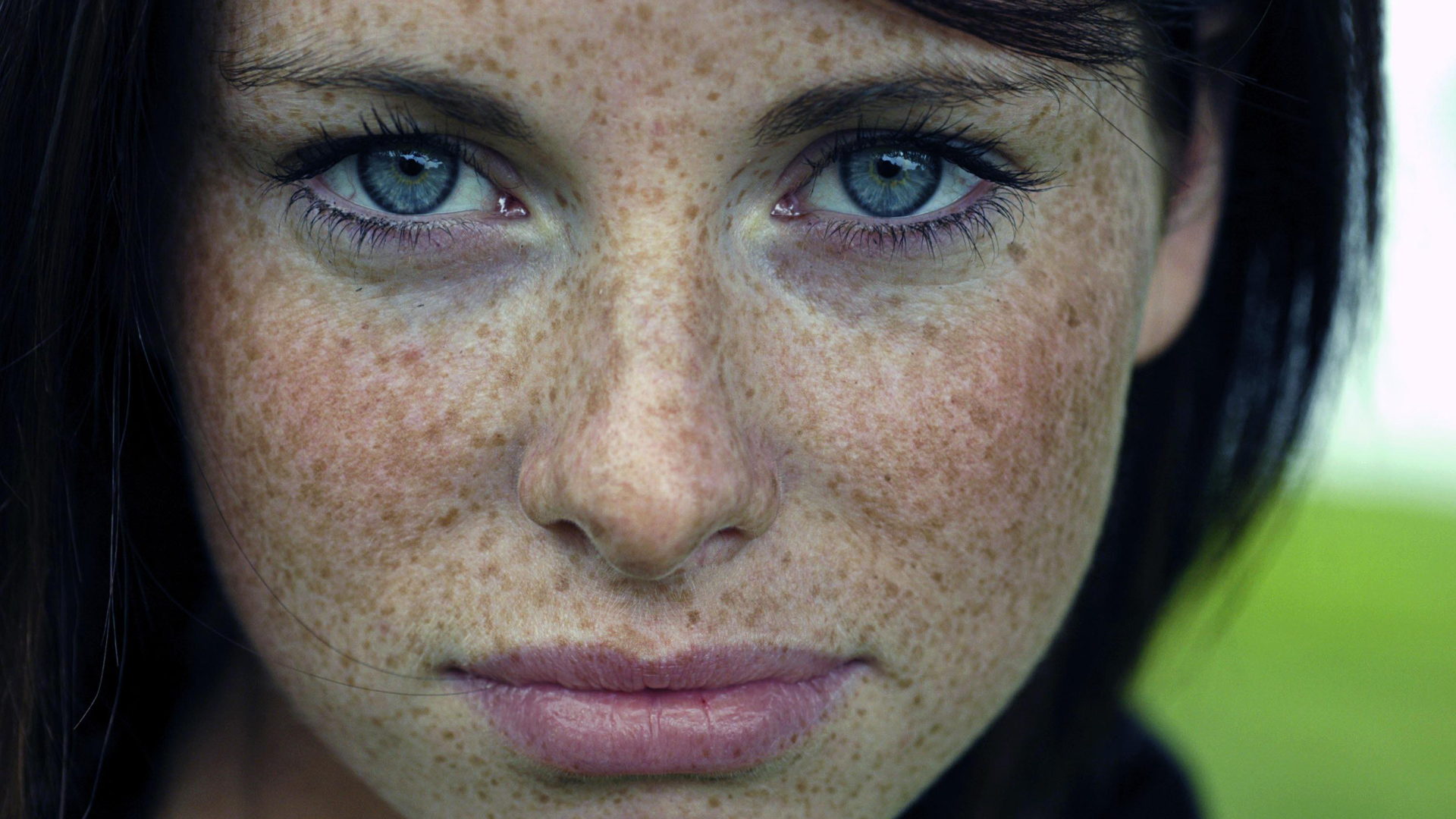 Beautiful Freckled Girls