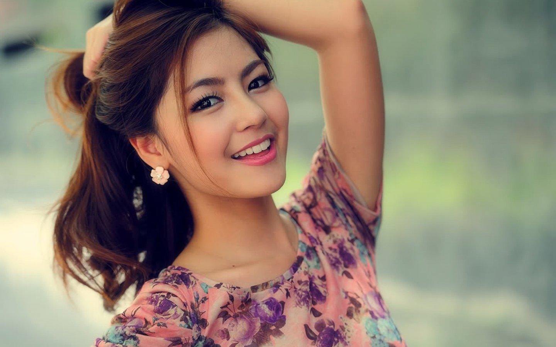 beautiful girl ...