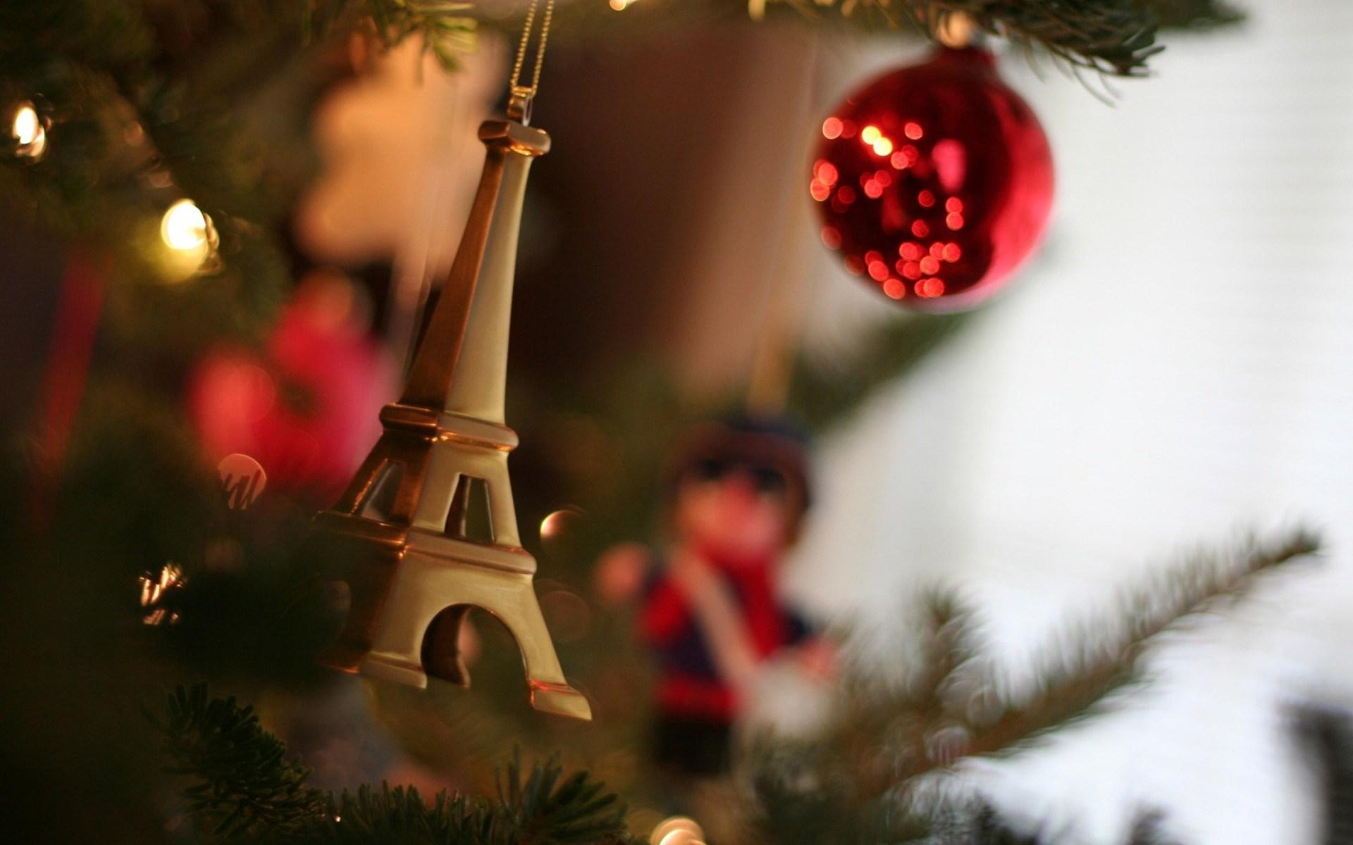 Beautiful Holiday Close Up Wallpaper