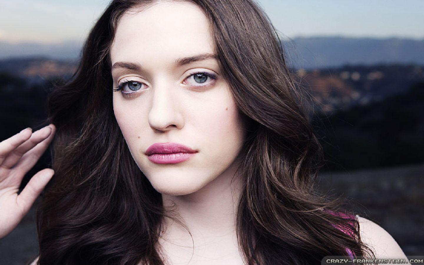 Wallpaper: Beauty Kat Dennings wallpapers. Resolution: 1024x768 | 1280x1024 | 1600x1200