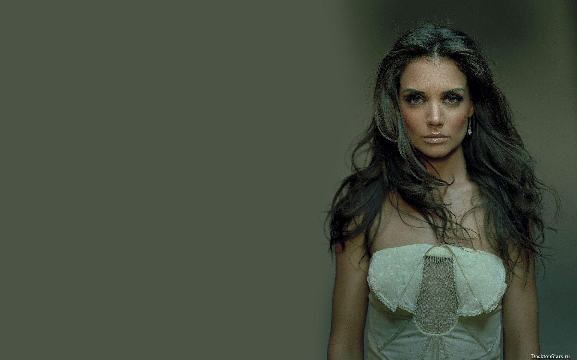 Katie Holmes Wallpapers - First HD Wallpapers