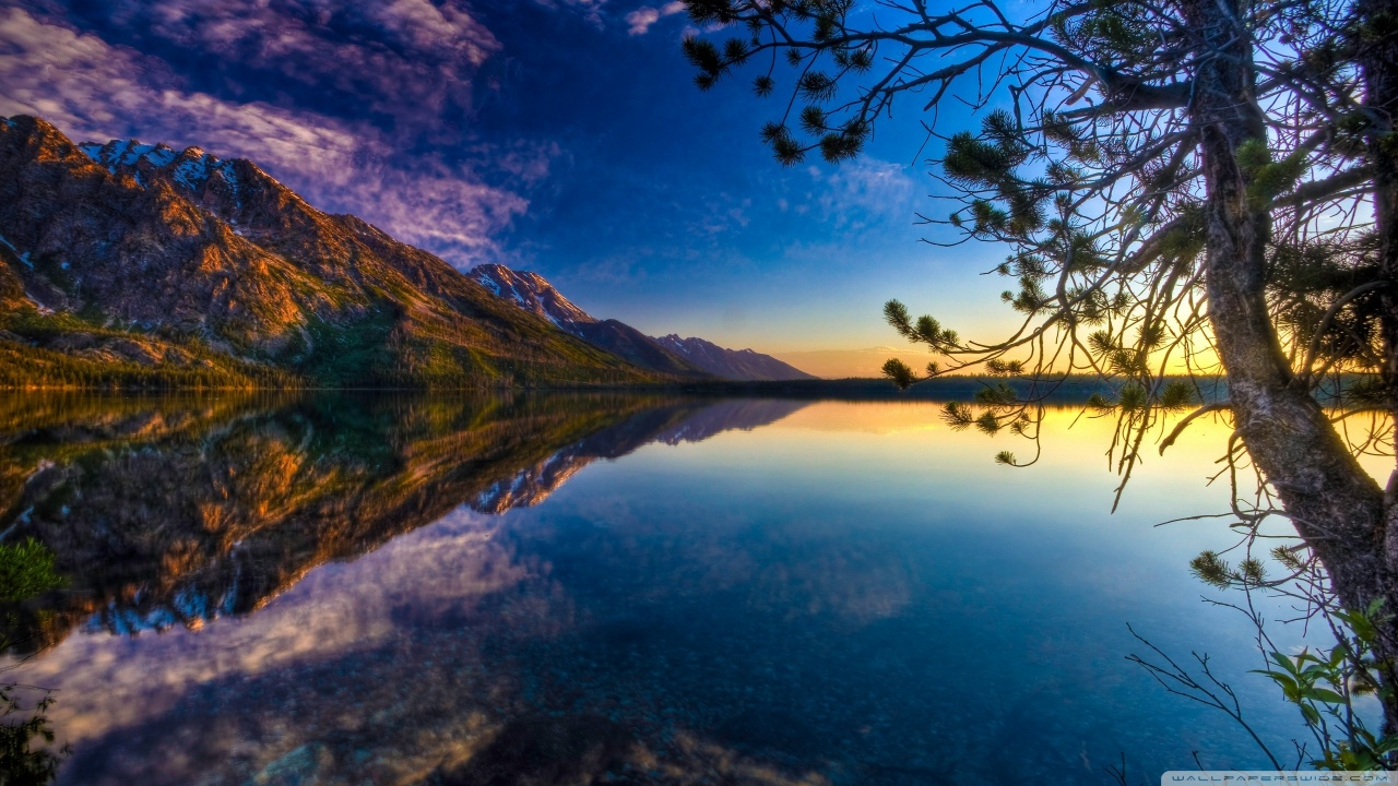 Beautiful Lake Wallpaper