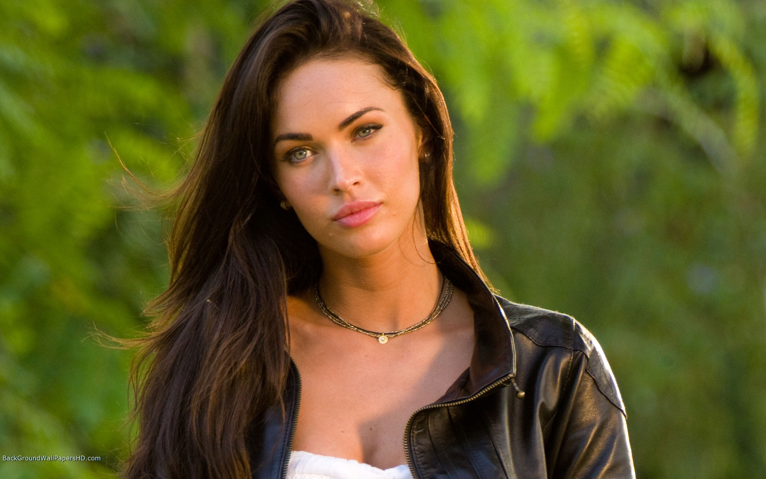 Beautiful Megan Fox 300x187 Beautiful Megan Fox