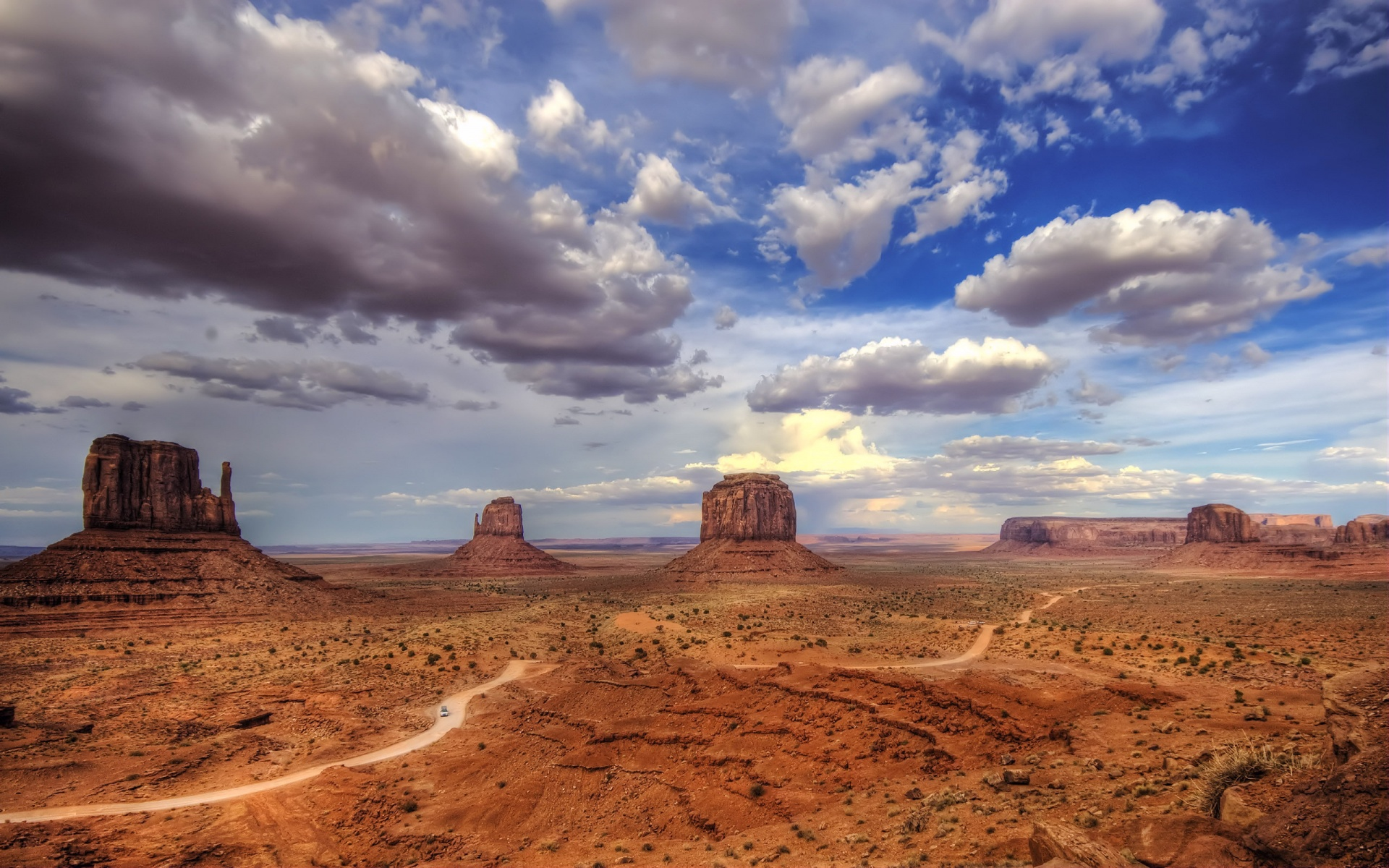Beautiful Monument Valley Wallpaper