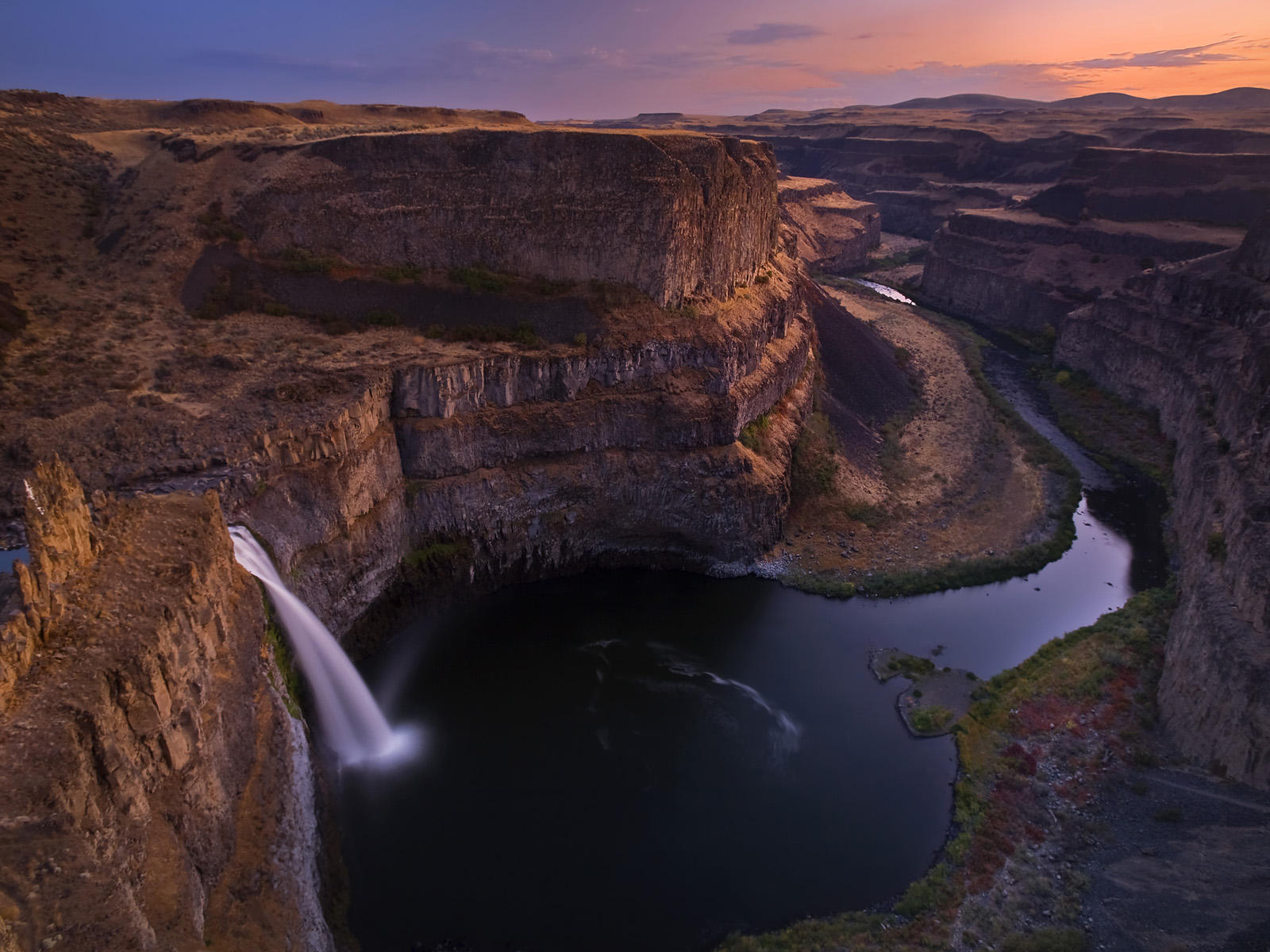 Beautiful Palouse Falls