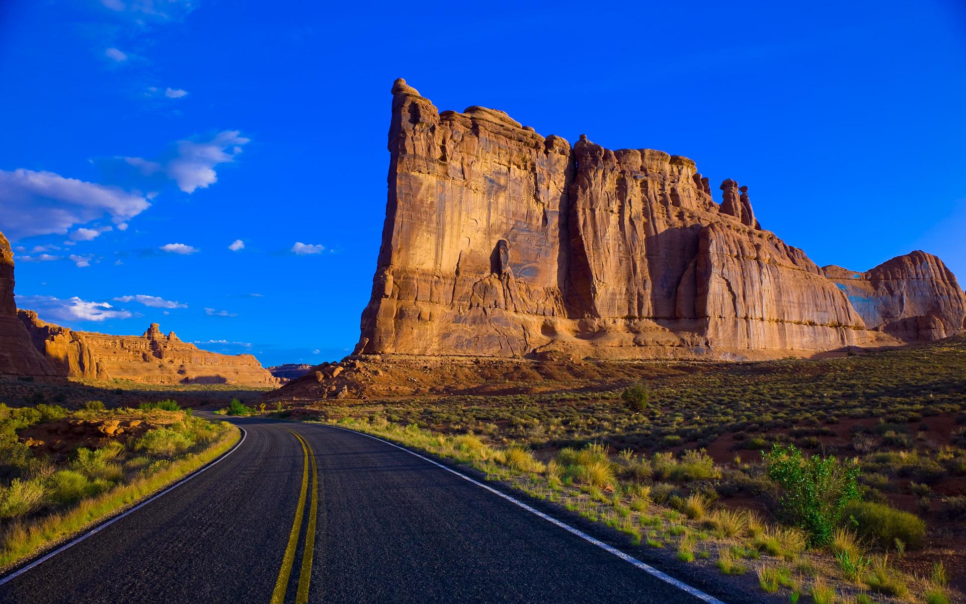 Beautiful Rural Road Wallpaper