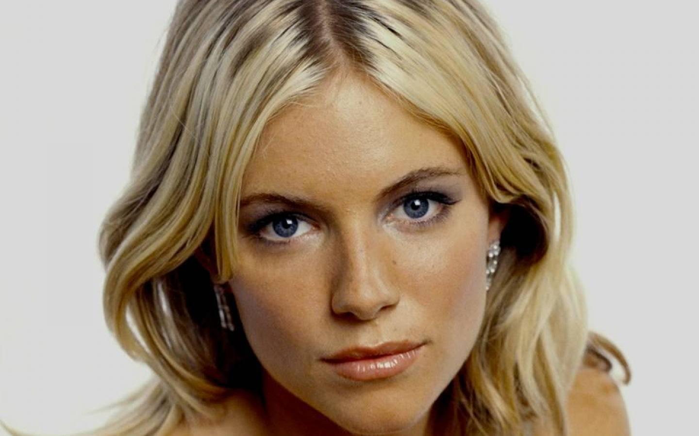 Beautiful Sienna Miller