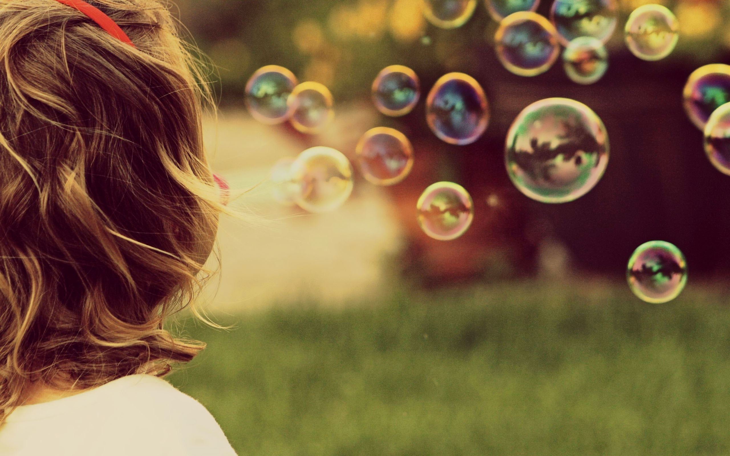 Beautiful Soap Bubbles Wallpaper