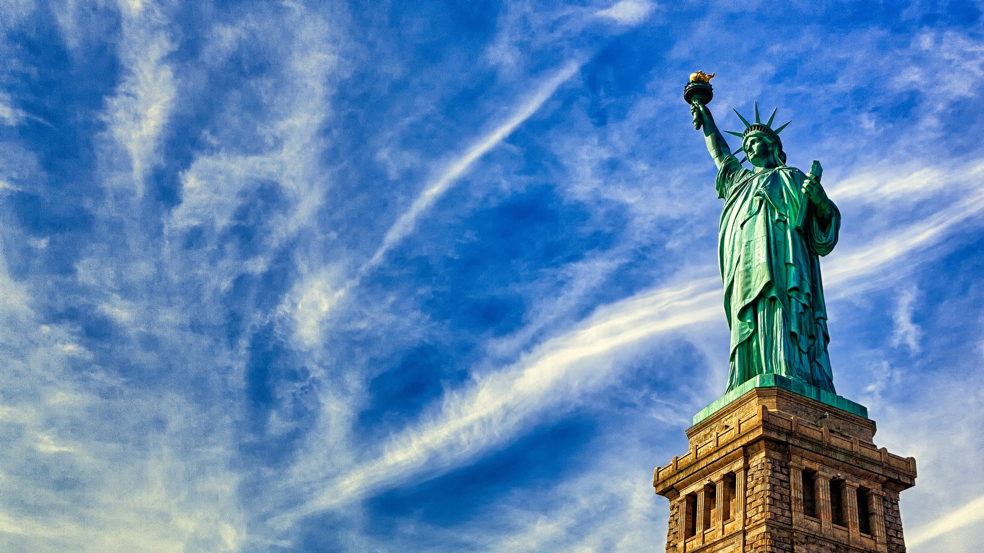 Beautiful Statue of Liberty Wallpaper