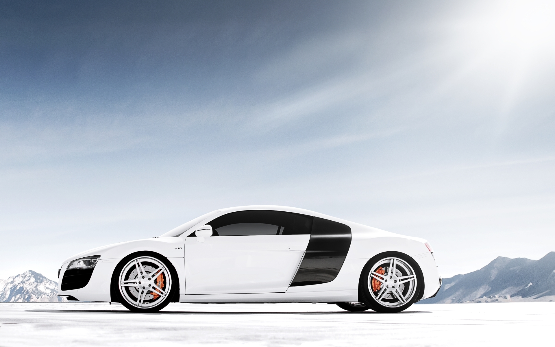 Beautiful White Car Wallpaper 22266