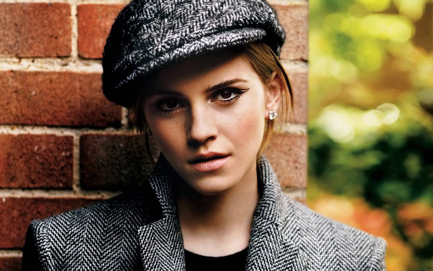 Beauty English Actress and Model Emma Watson