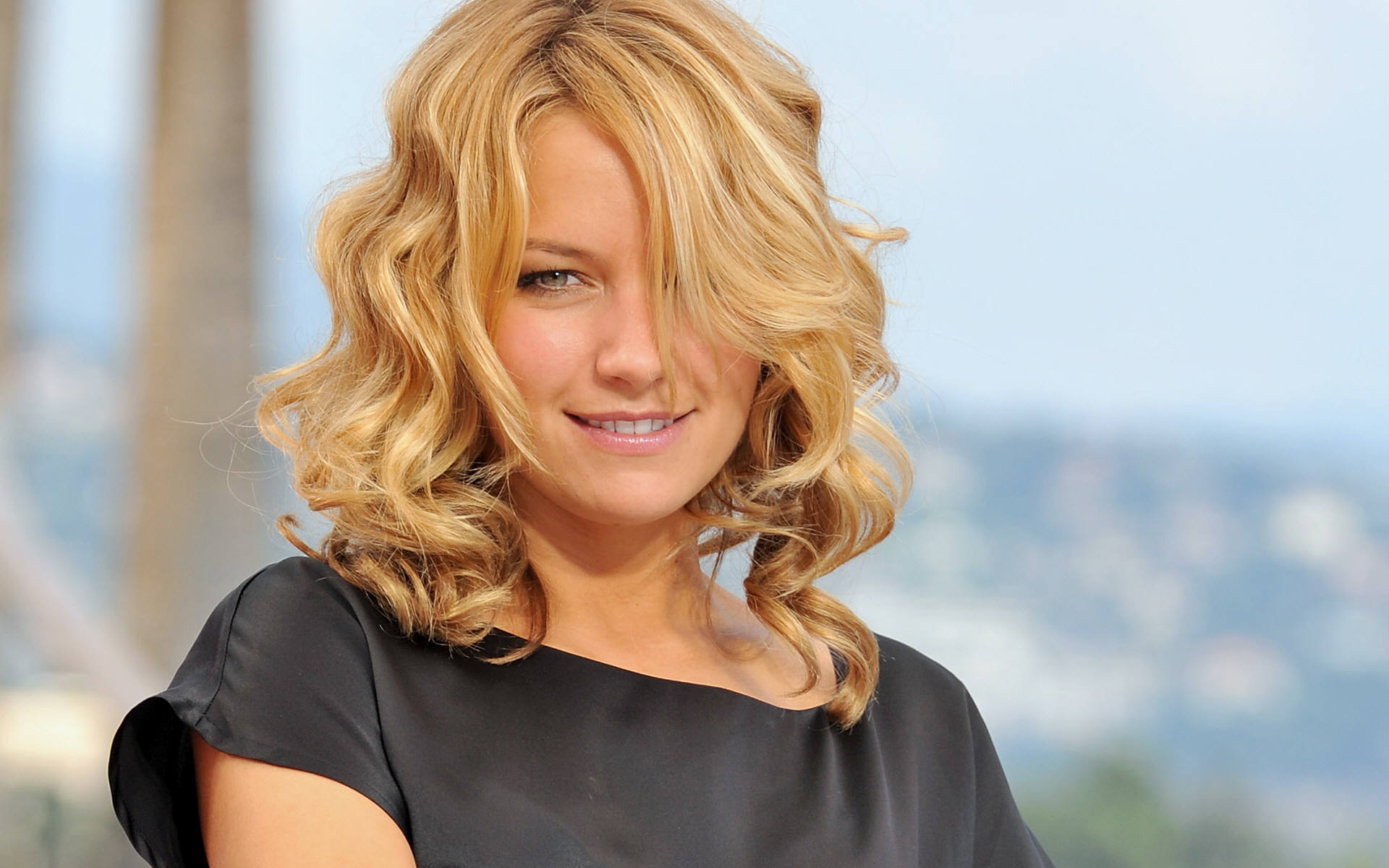 Becki Newton Background