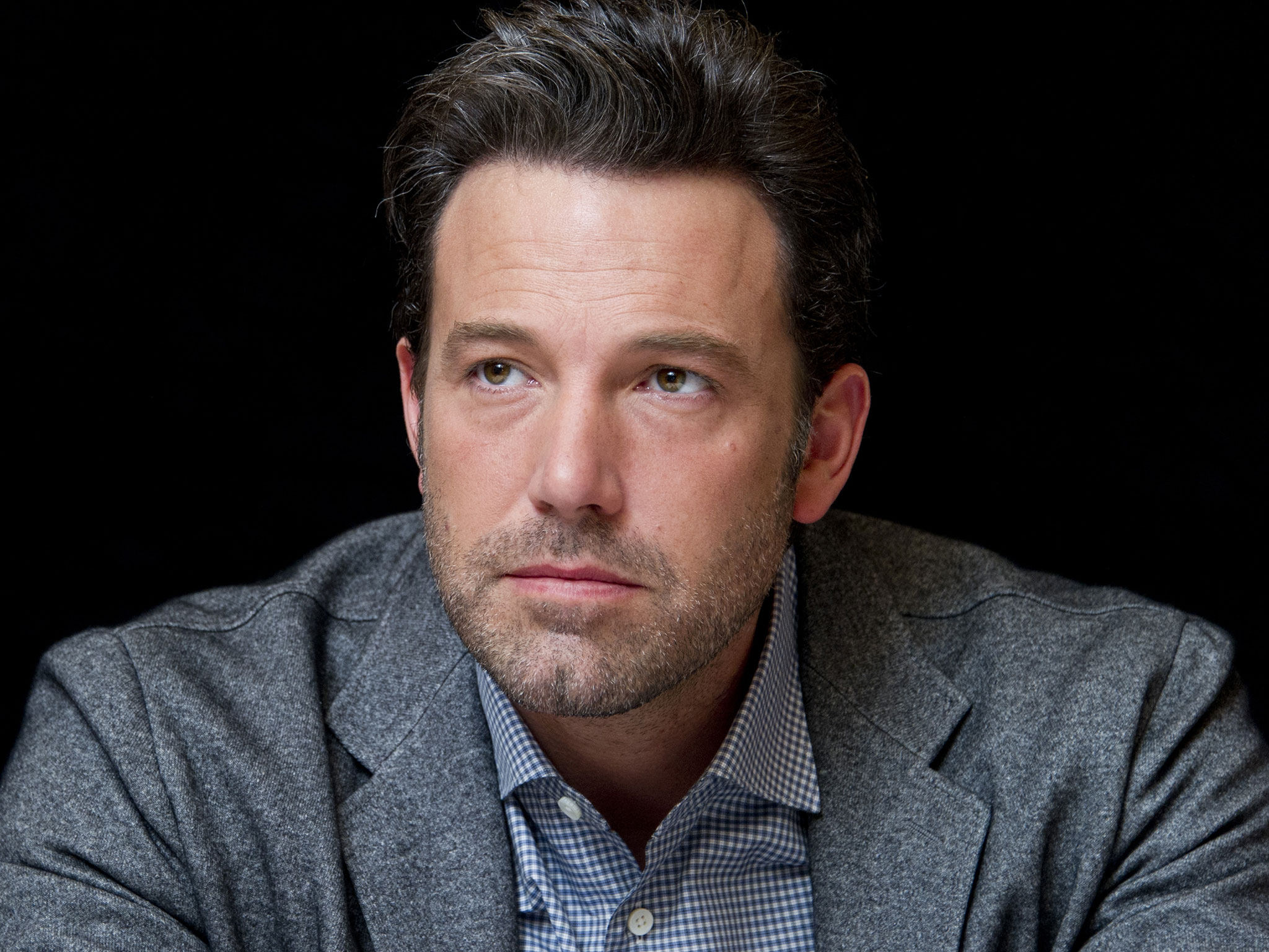 Ben Affleck asked TV chiefs to hide slave-owning ancestry, new hacked Sony emails published by Wikileaks claim - People - News - The Independent