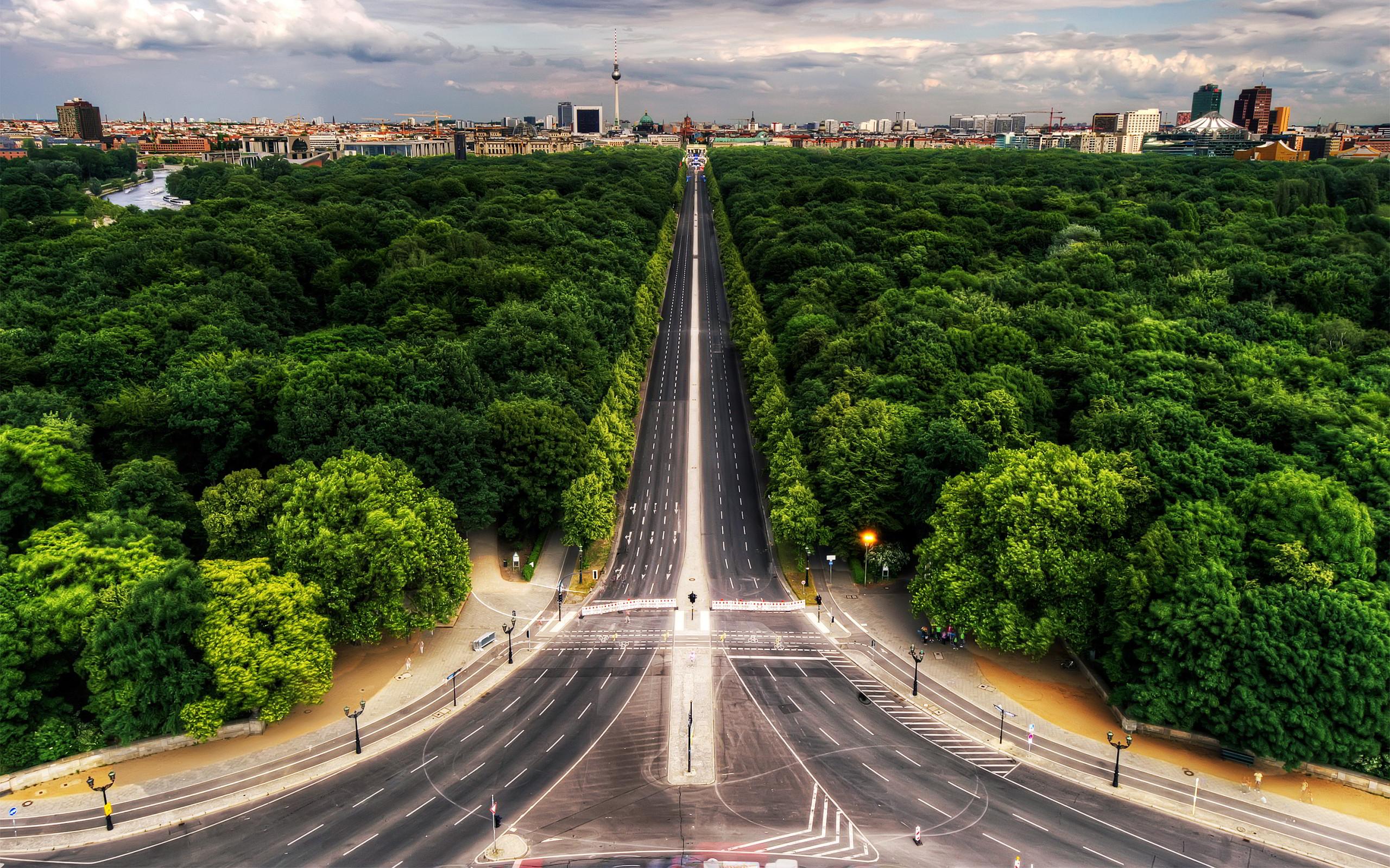 Berlin Siegessaule Tiergarten