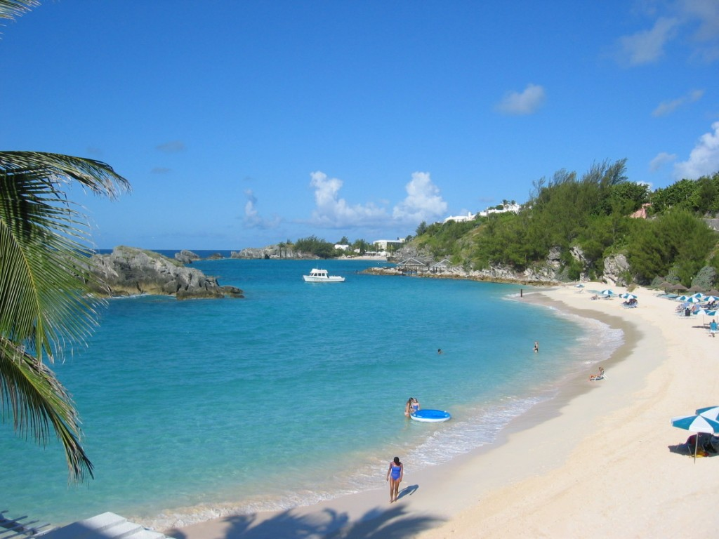 A day in Bermuda is like a day in Paradise – endless clear blue skies, pink sandy beaches kissed by the cerulean waters of the vast ocean, breath taking ...