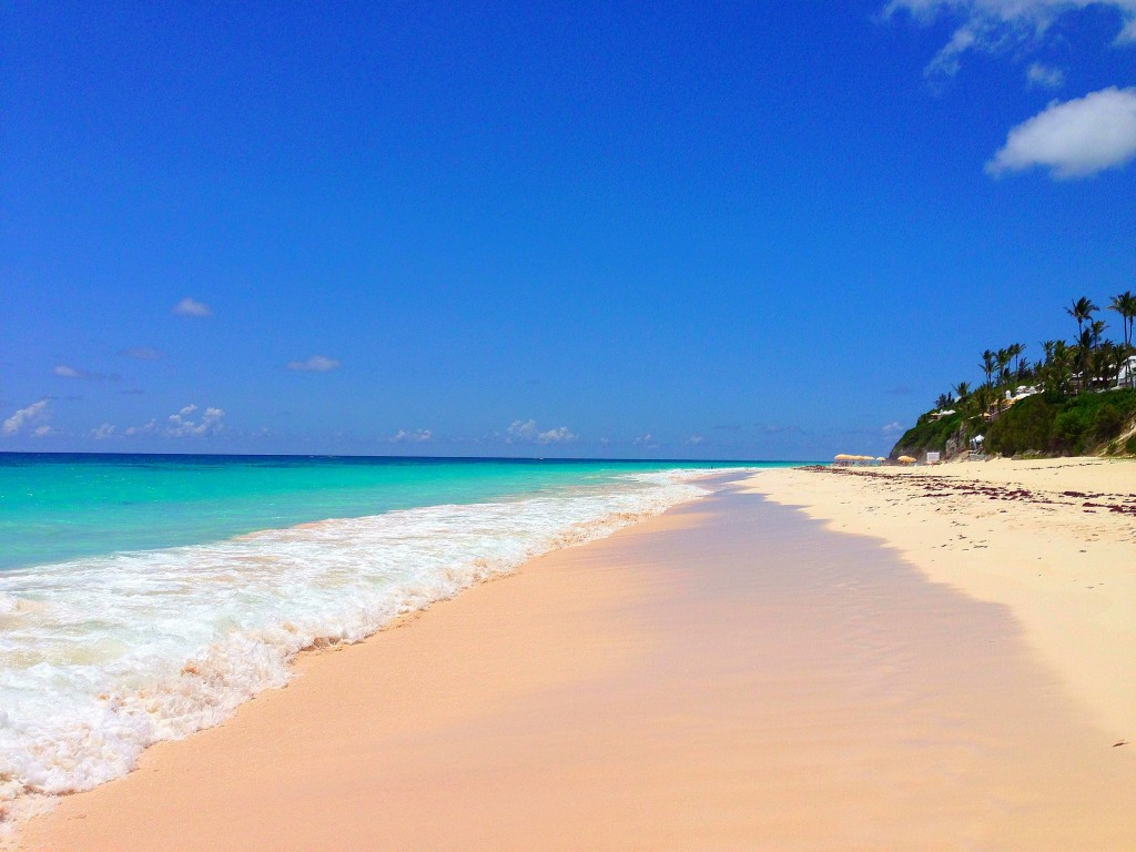 My favorite beach in Bermuda is Elbow Beach. It basically has everything a beach should have and it has less tourists than Horseshoe Bay Beach; ...