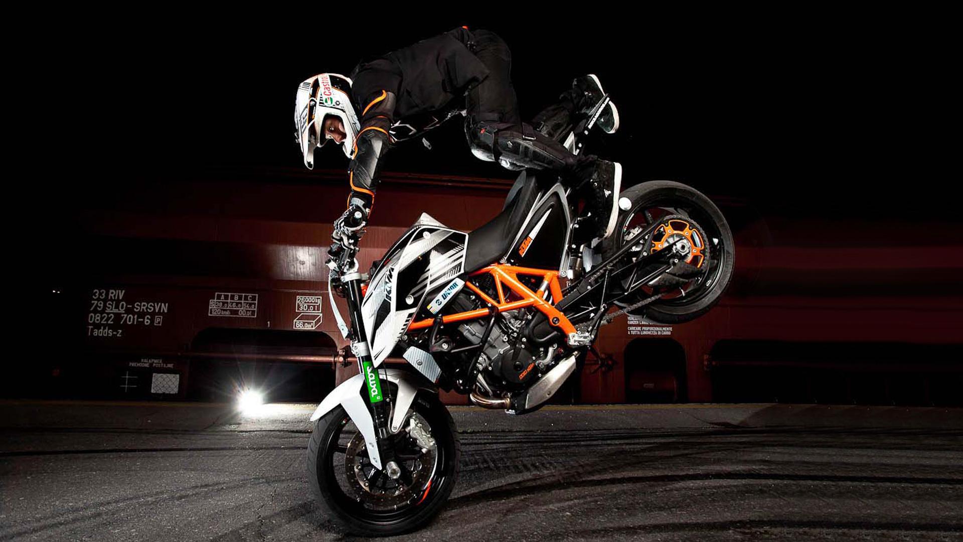 Bike Stunt Wallpaper