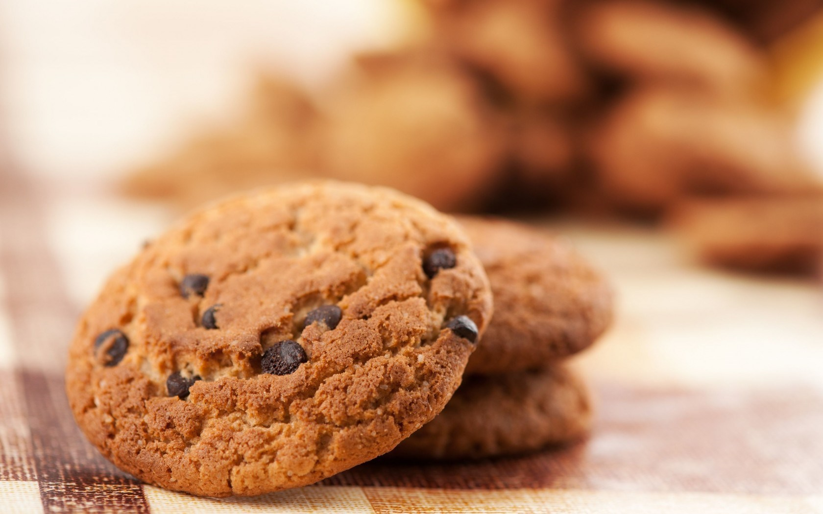 Food Biscuits Chocolate Chips HD Wallpaper