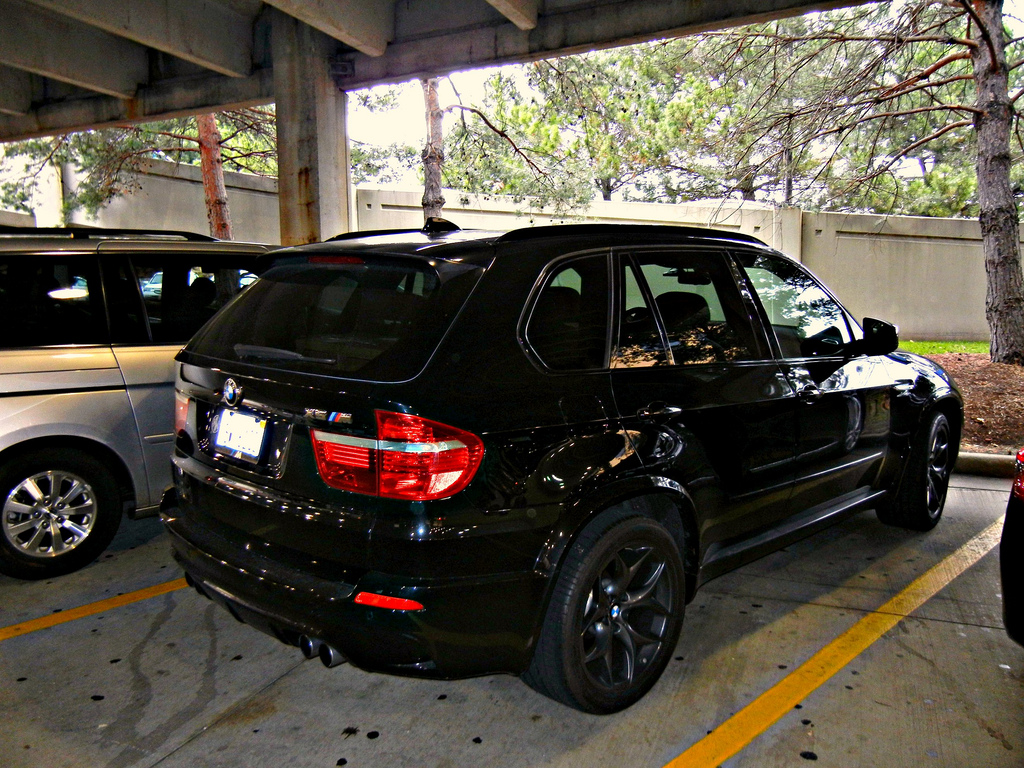 Black BMW X5M Photo
