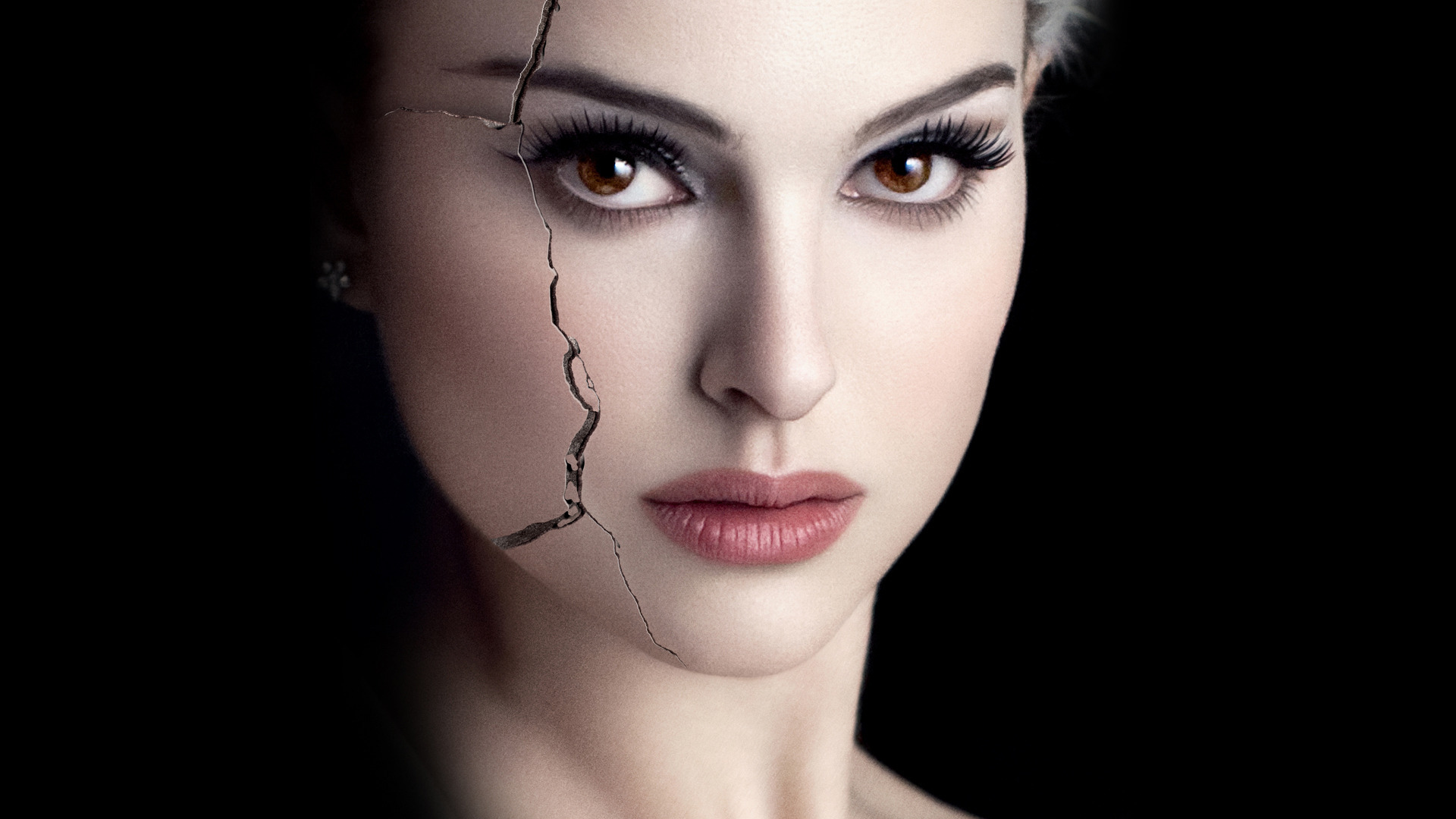 black swan psychology essay The movie black swan depicts the disturbing descent of ballerina nina sayers, played by natalie portman, into psychosis most analyses of the film focus on nina's obsessive compulsive and anorexia symptoms and her preoccupation with physical and professional perfection.