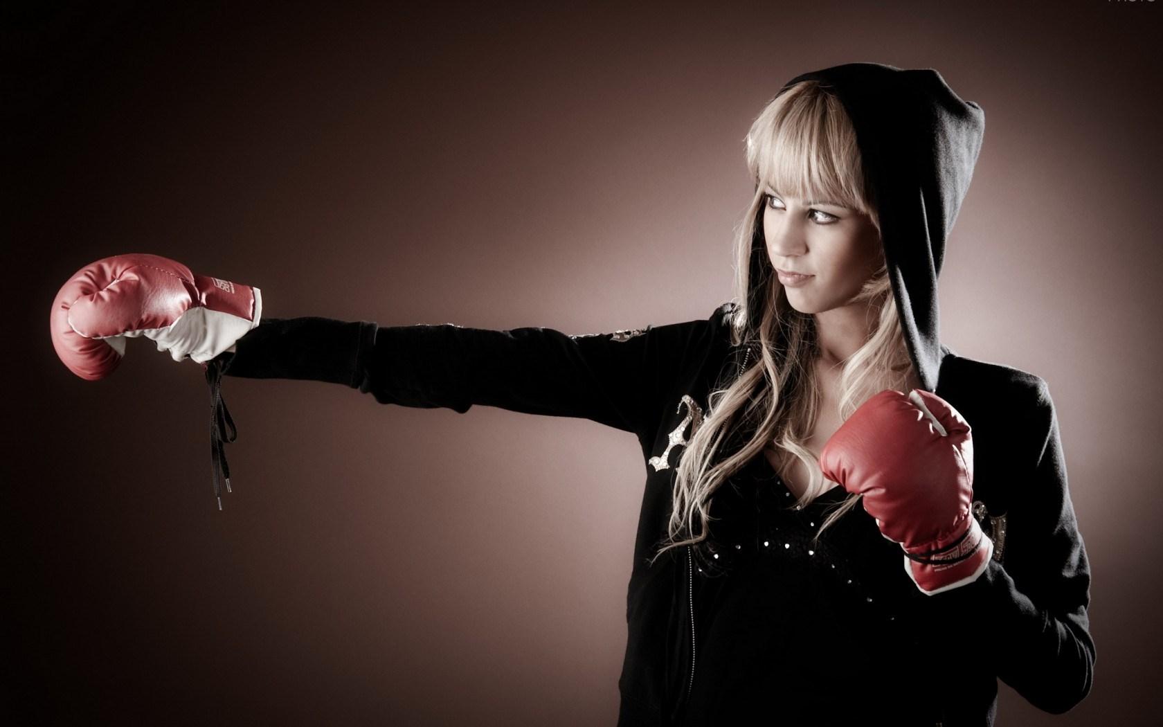 Blonde Girl Boxing Gloves HD Wallpaper